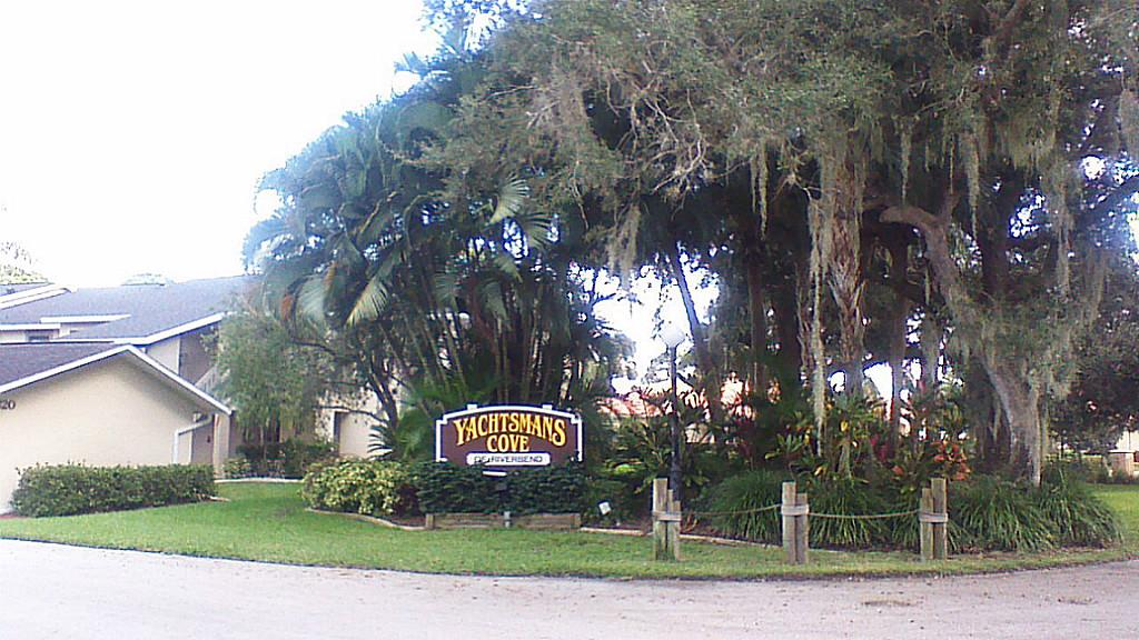 15370 Transit #APT 104, North Fort Myers, FL
