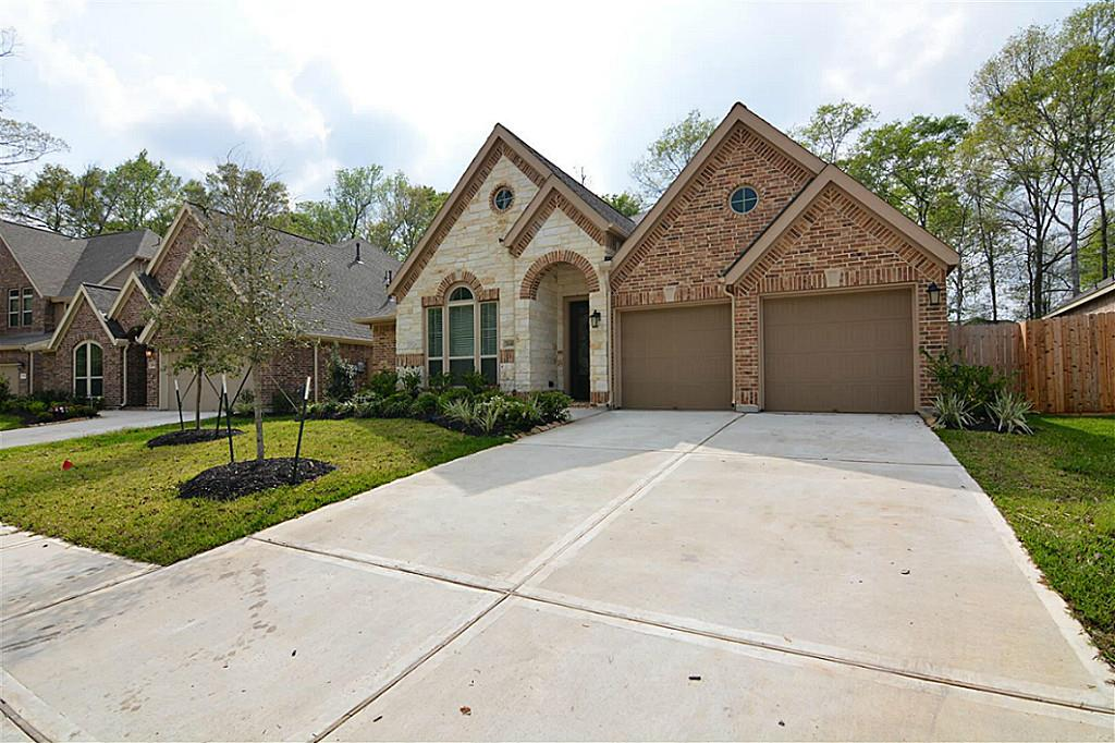18410 Hounds Lake Dr, New Caney, TX