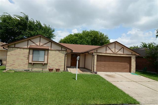 1438 Somercotes Ln, Channelview, TX