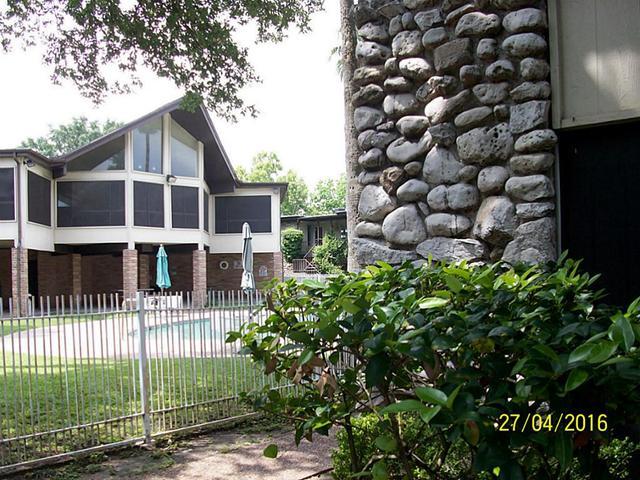 7047 Bissonnet St #APT 93, Houston TX 77074