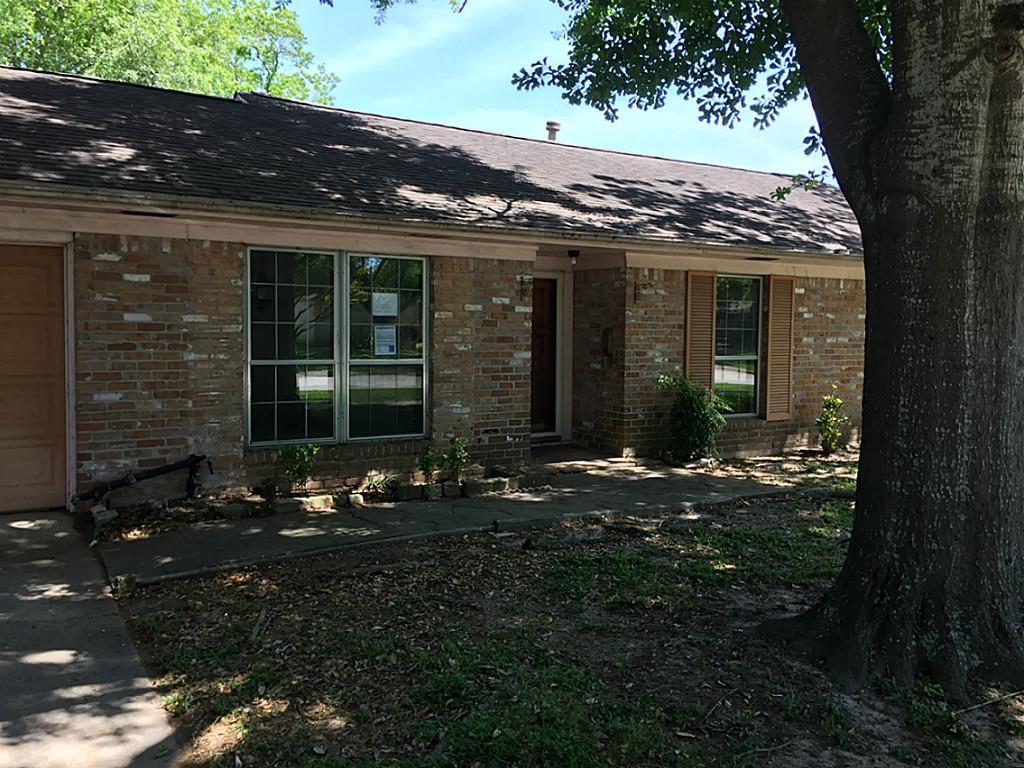 3413 Valley Brook Dr, La Porte, TX