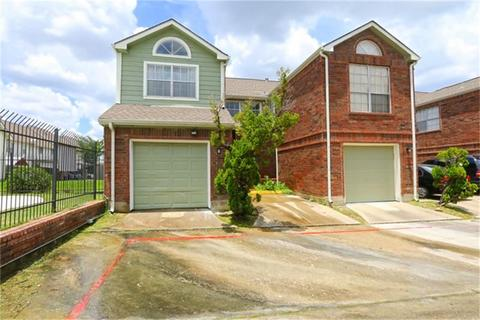 37 E Park West Dr, Houston, TX 77072