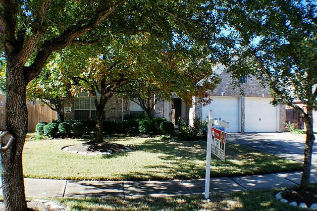818 Presley Way, Sugar Land, TX