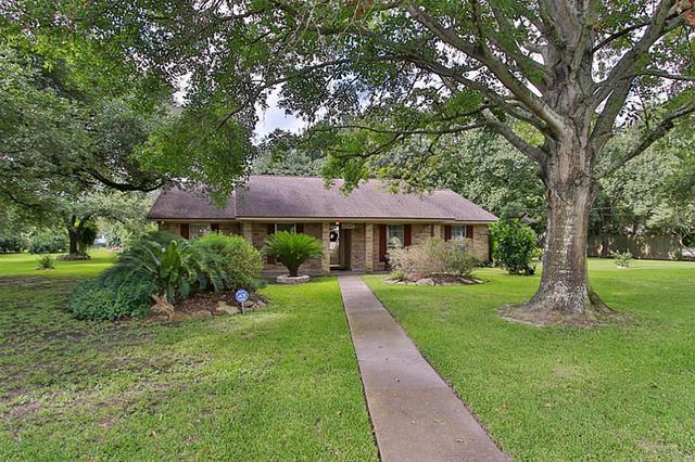 2547 Milroy Houston, TX 77066