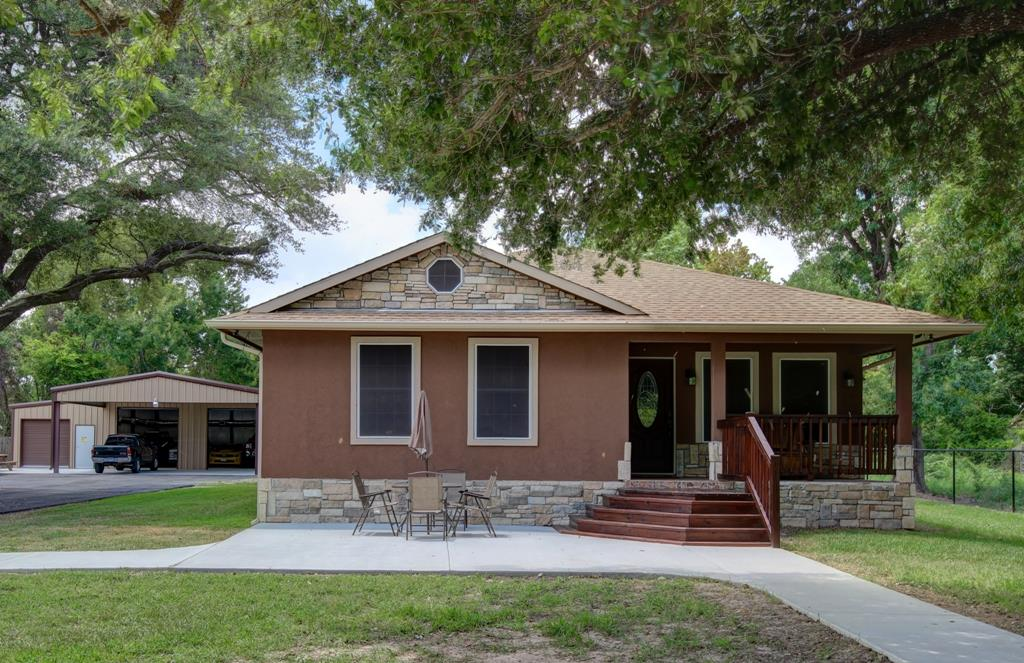 9211 Haney Rd, Highlands, TX