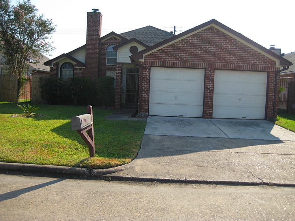 9327 Eagle Creek Ln, Houston, TX