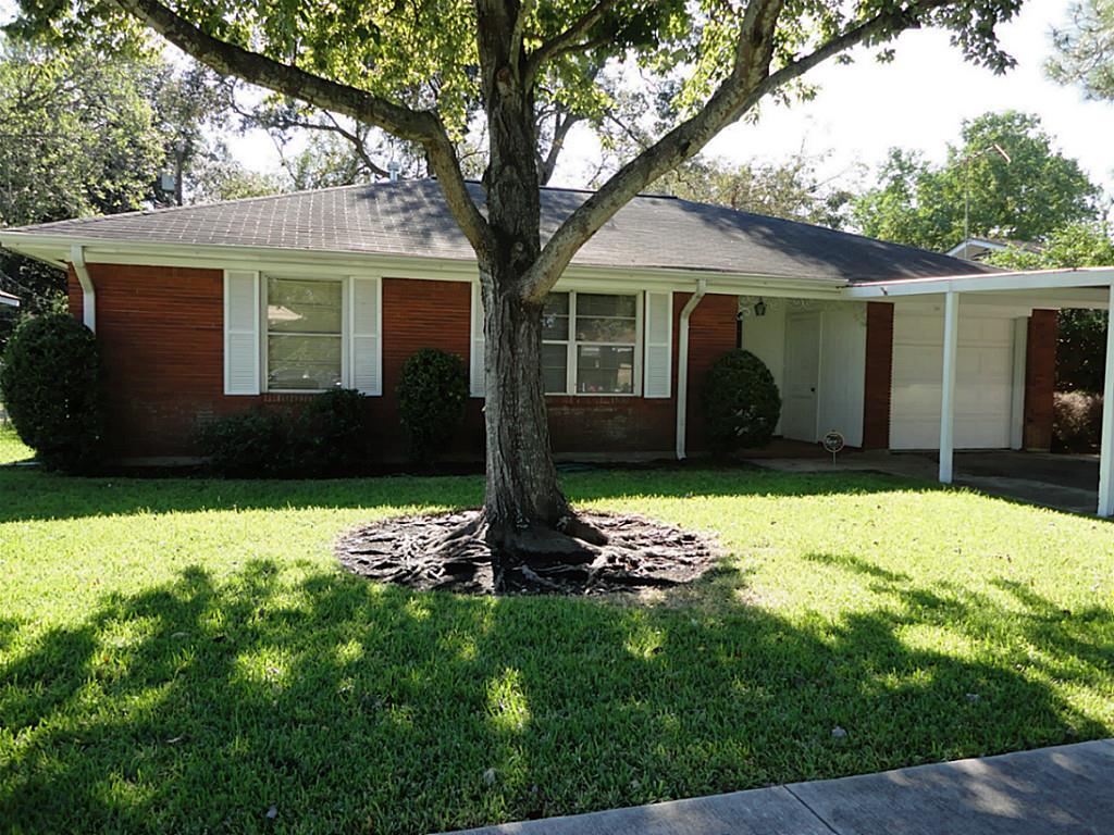 1112 Monroe Dr, Pasadena, TX