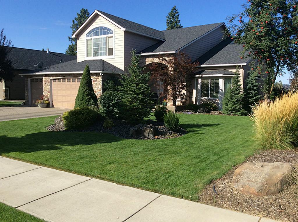 8807 N Rosebury Ln, Spokane, WA