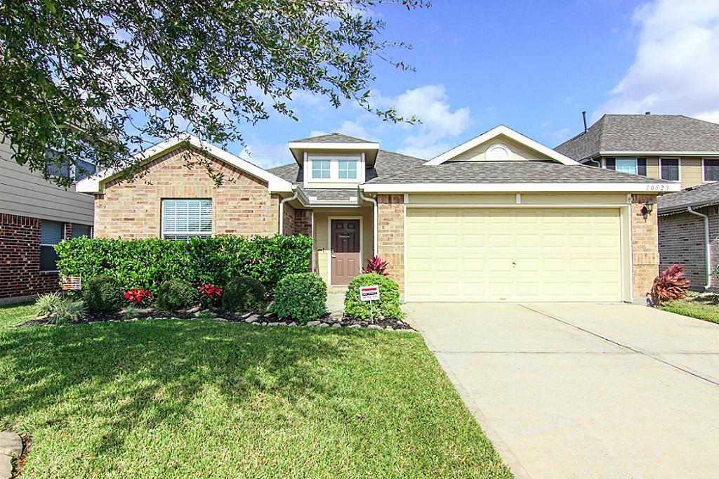 10523 Devinwood Dr, Baytown, TX