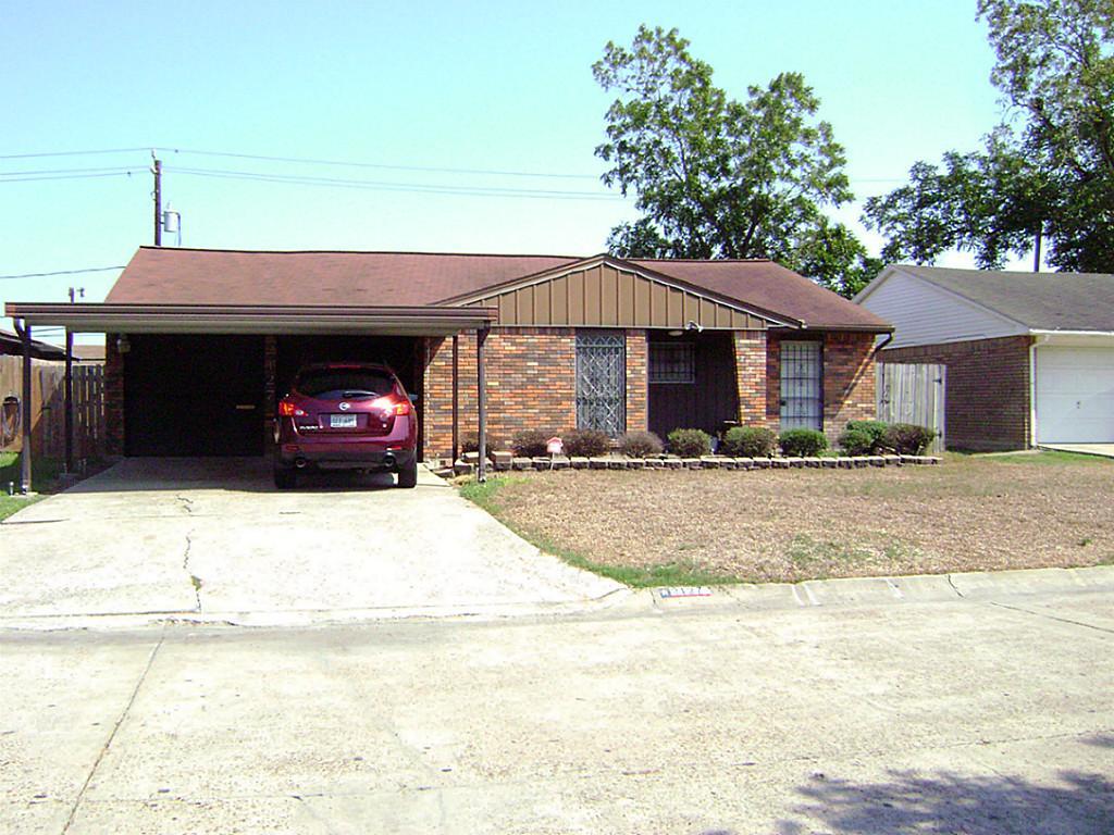 2127 Chestnut Ln, Pasadena, TX