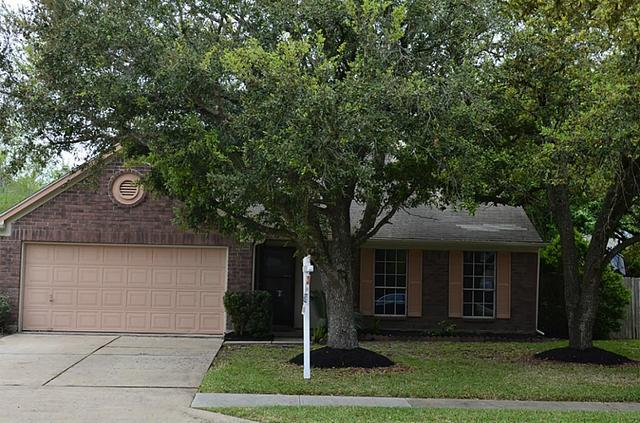 3910 Spring Meadow Dr, Pearland, TX