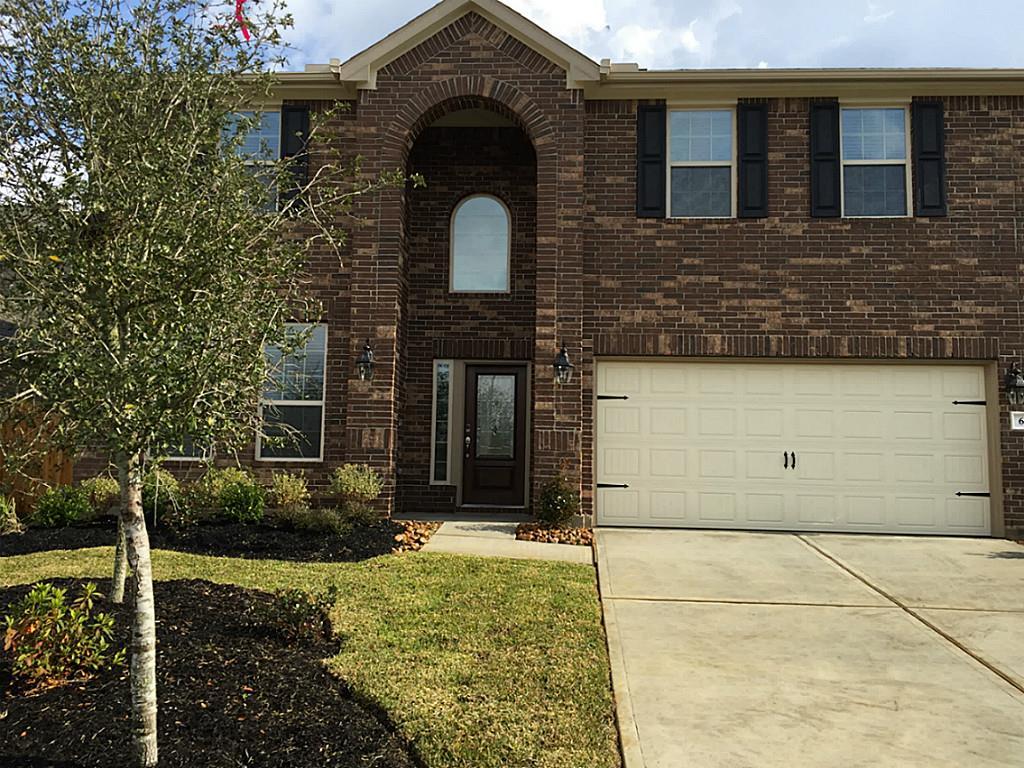 659 Oak Circle Dr, Conroe, TX