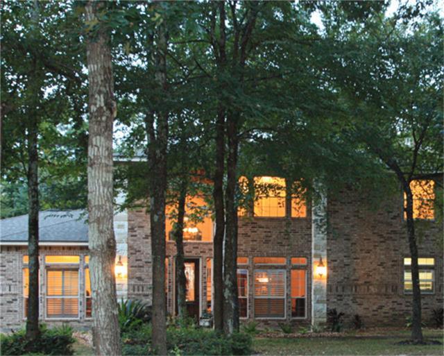 1602 Country Oak Ct, Magnolia, TX