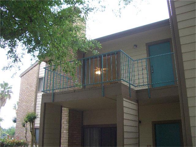 7134 N Holiday Dr, Galveston, TX