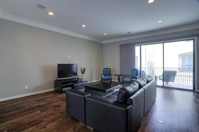 7219 Laguna Villas, Houston, TX