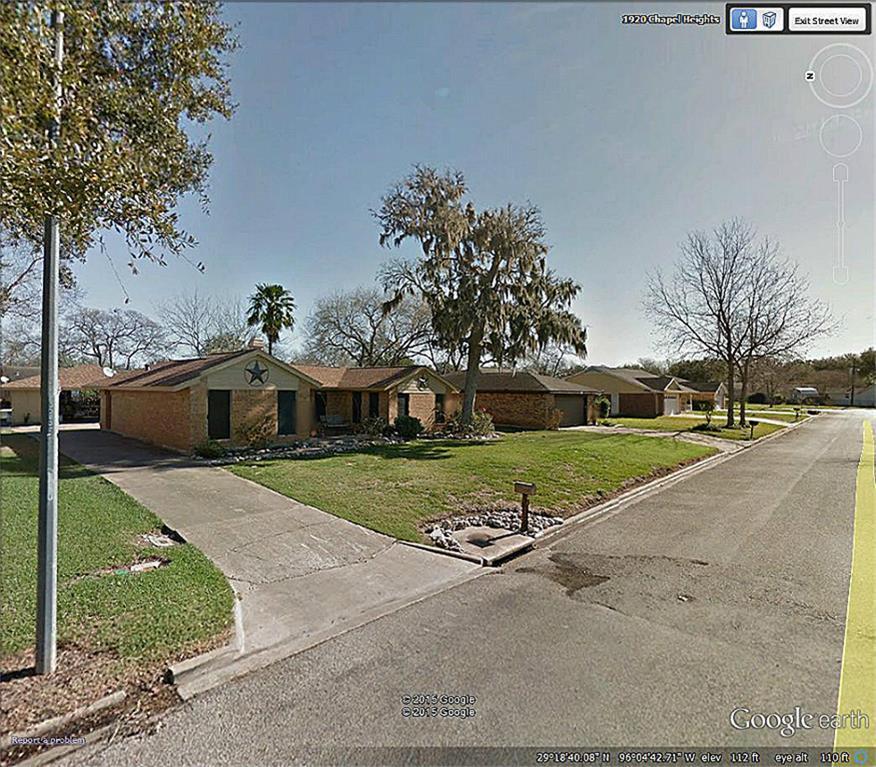 1923 Chapel Hts, Wharton, TX
