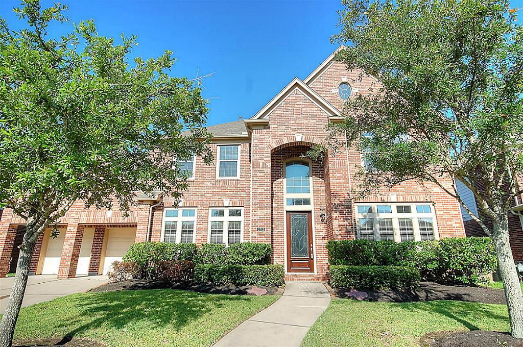 2712 Greenblade Ct, Pearland, TX