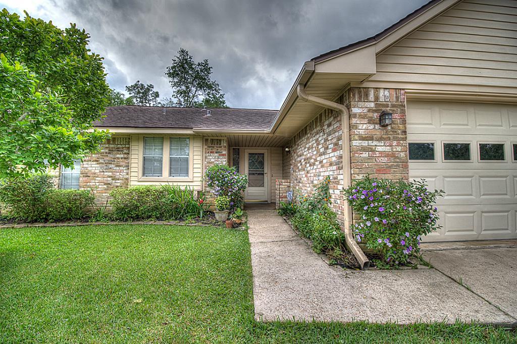 1712 Carol Lee Ln, Conroe, TX