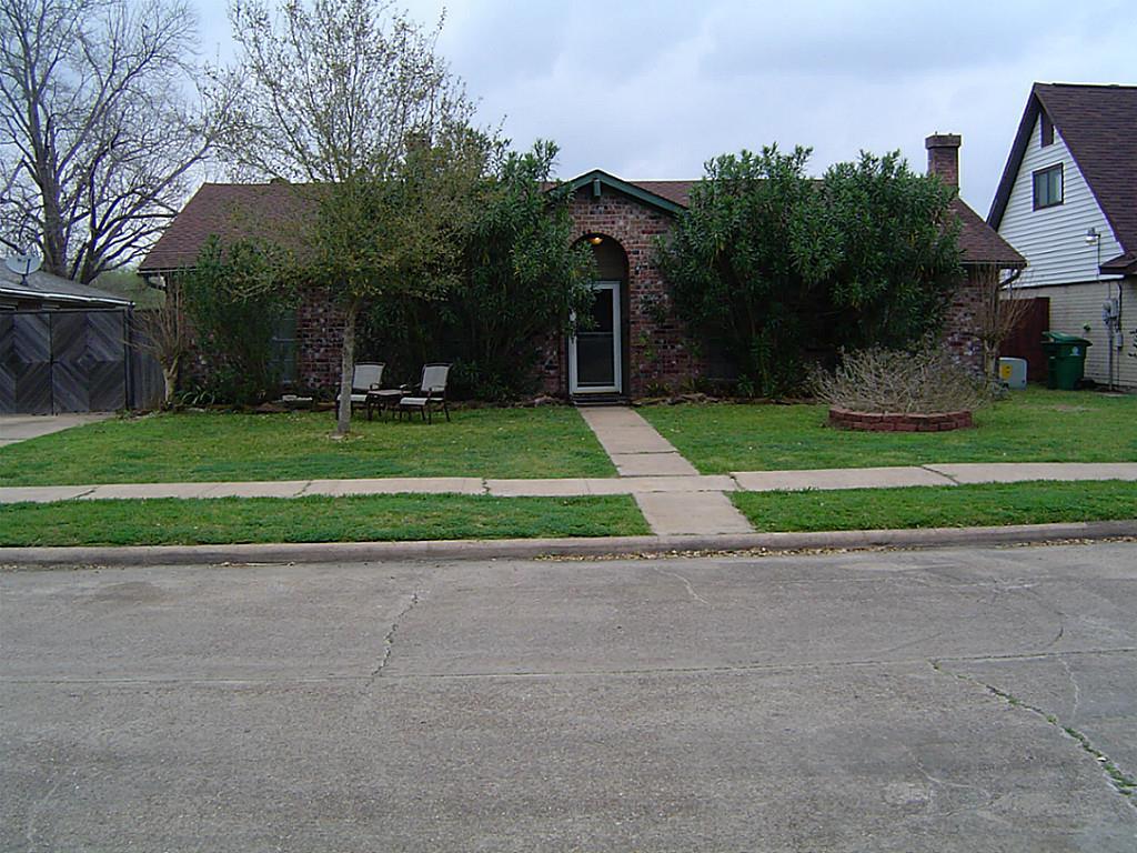 10835 Sageburrow Dr, Houston, TX