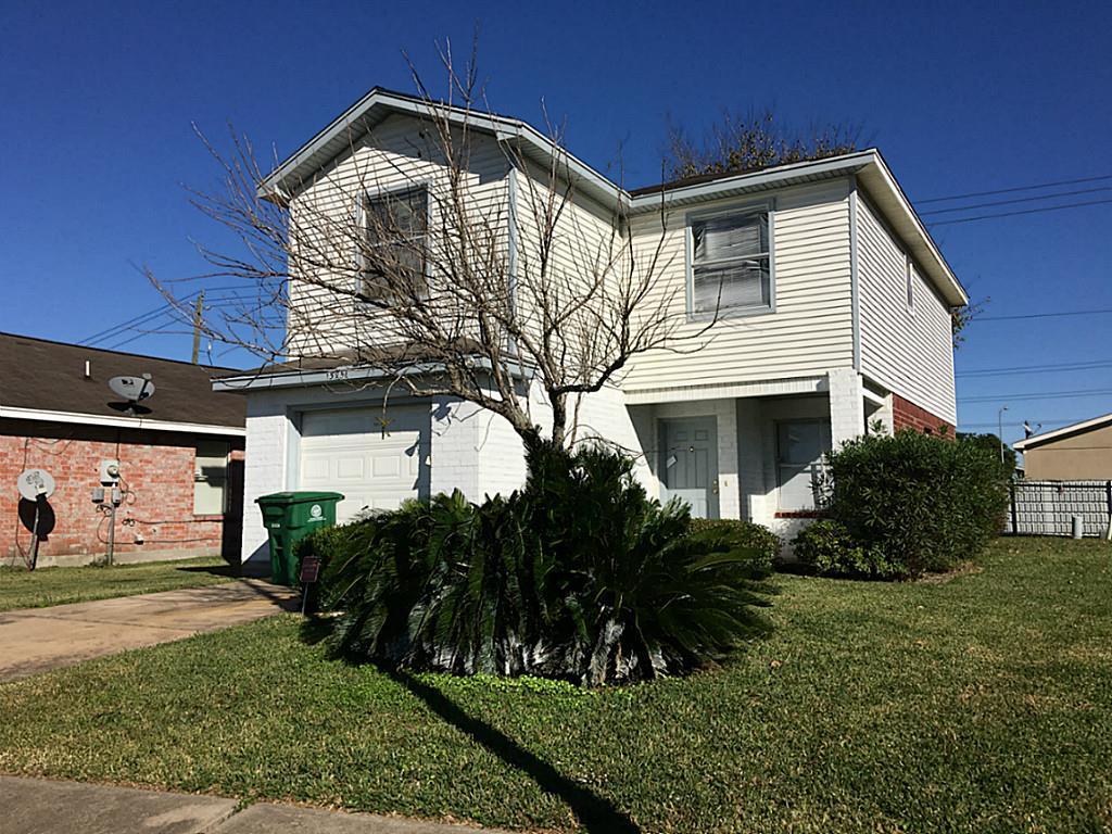 15751 Ridgegate Rd, Houston, TX