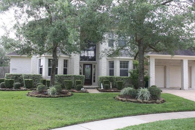 2630 Rosemary Ct, Pearland, TX