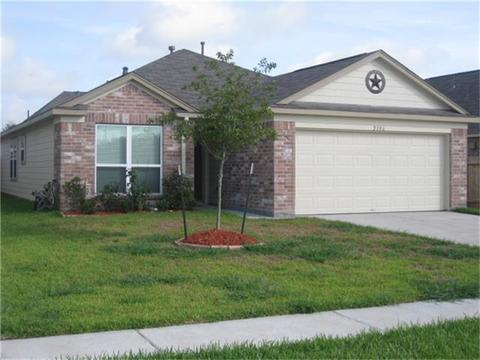 2106 Indian Clearing Trl, Rosenberg, TX 77471