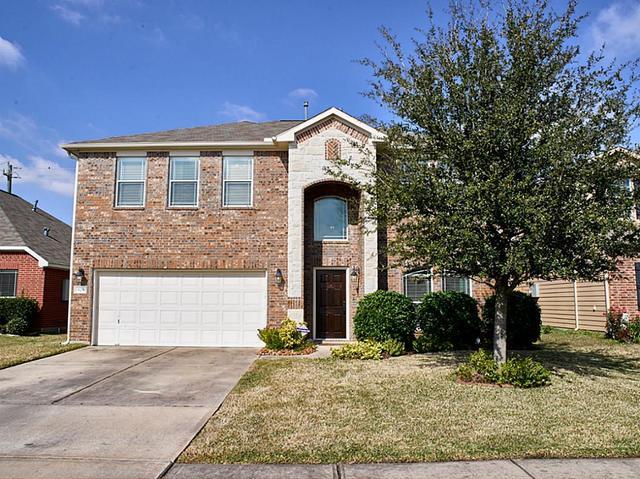823 Paradise Rd, Baytown TX 77521
