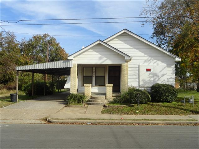 720 Yupon St, Baytown TX 77520