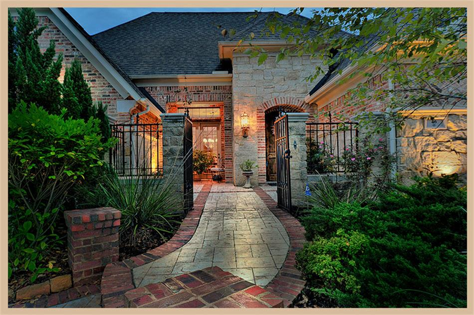 46 S Mews Wood Ct, Spring, TX