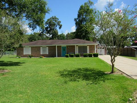 332 County Road 2093, Liberty, TX 77575