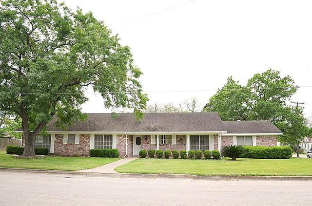 515 Victoria St, Navasota, TX