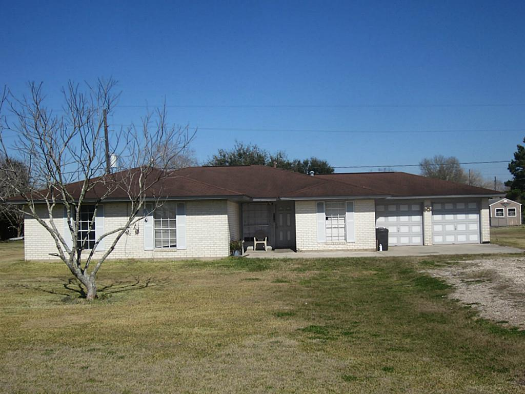 2110 Comanche Blv, Rosenberg, TX