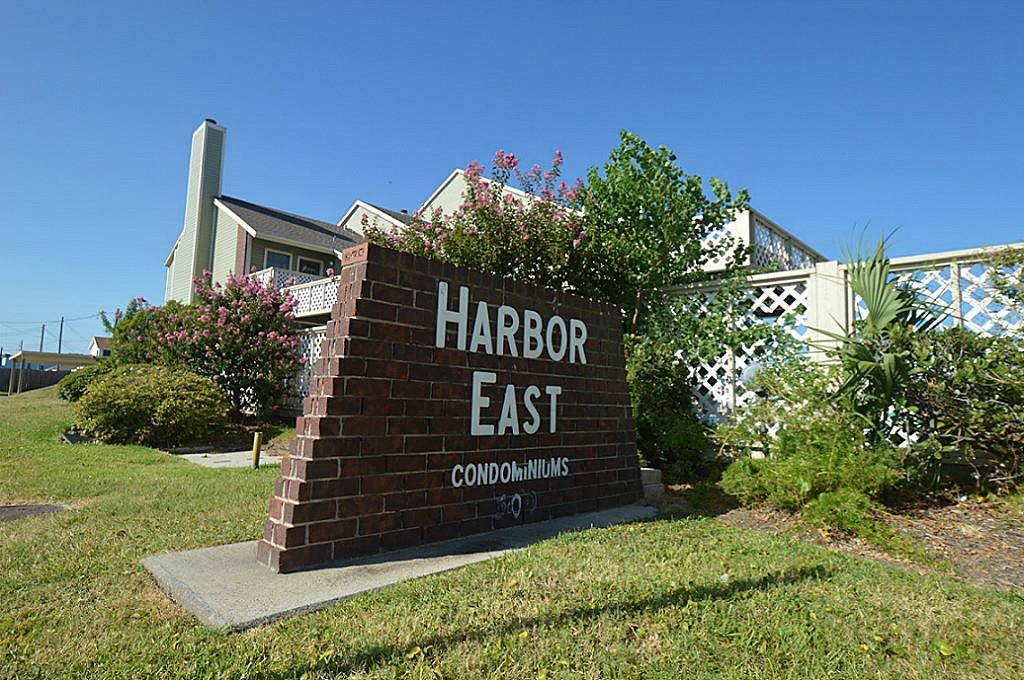 500 Ferry Rd #APT 423d, Galveston, TX
