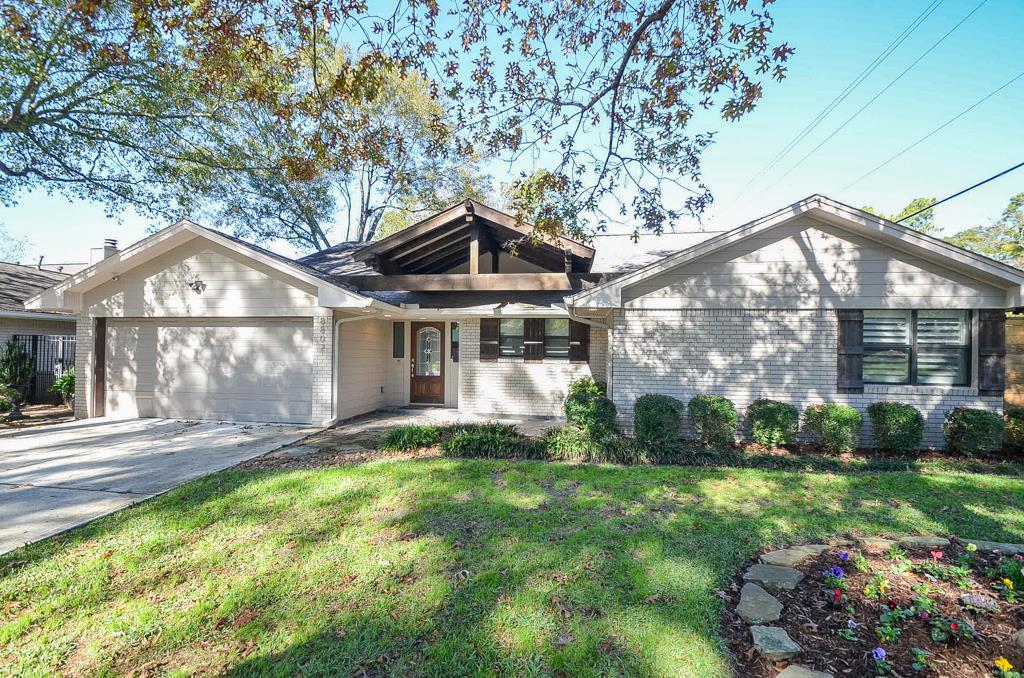 8802 Winningham Ln, Houston, TX
