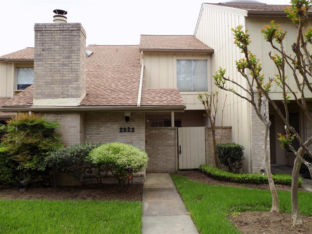 2923 Meadowgrass Ln #APT 10106, Houston, TX