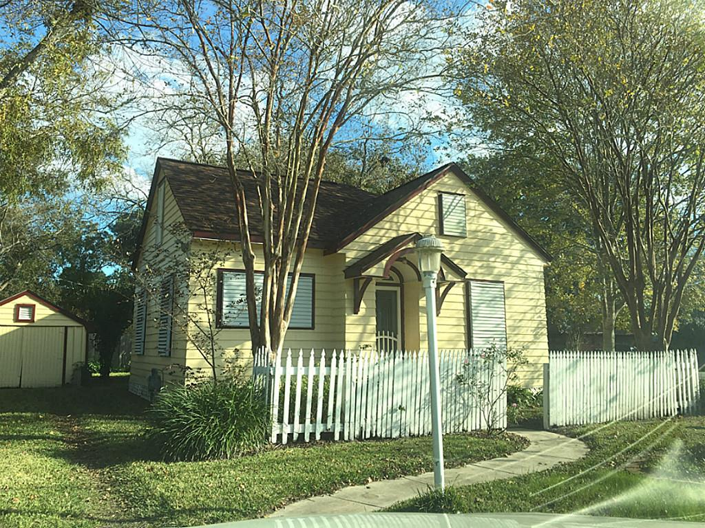 6509 Delany Rd, Hitchcock, TX