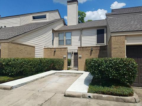 2277 S Kirkwood Rd #903, Houston, TX 77077