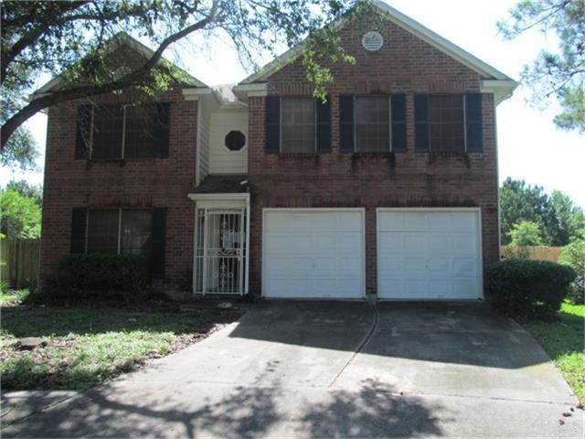 8902 Weyburn Grove Dr, Houston TX 77088