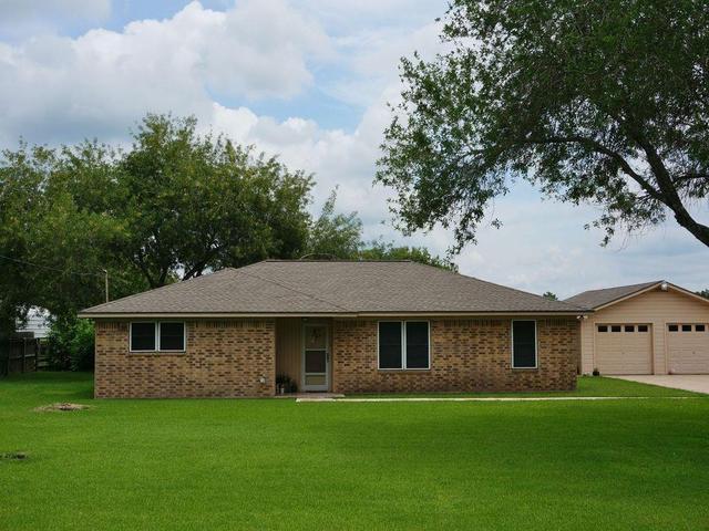 3734 County Road 181, Alvin TX 77511