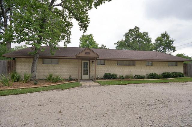 907 Fall Creek Dr, Huffman, TX