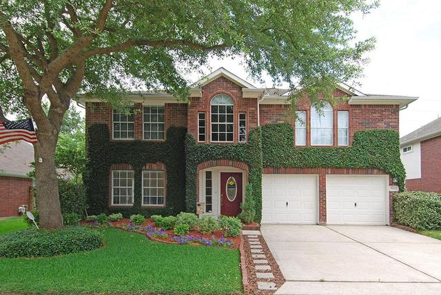 18426 Maple Mill Dr, Cypress, TX