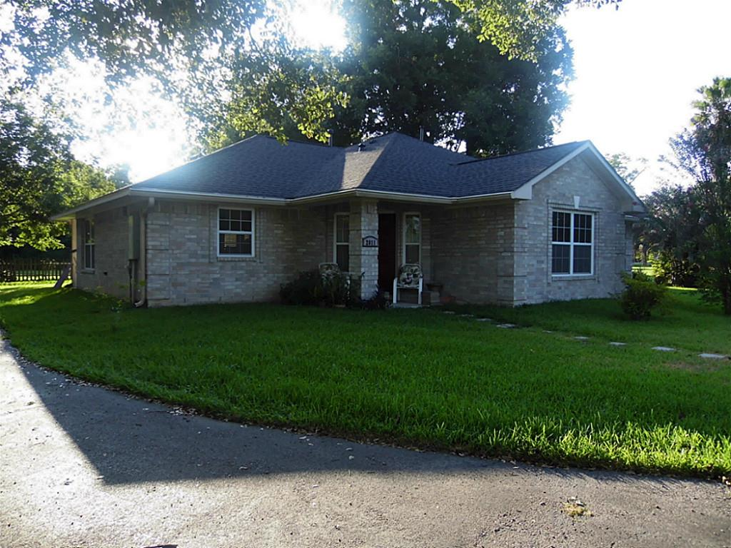 2011 Beaumont St, Baytown, TX