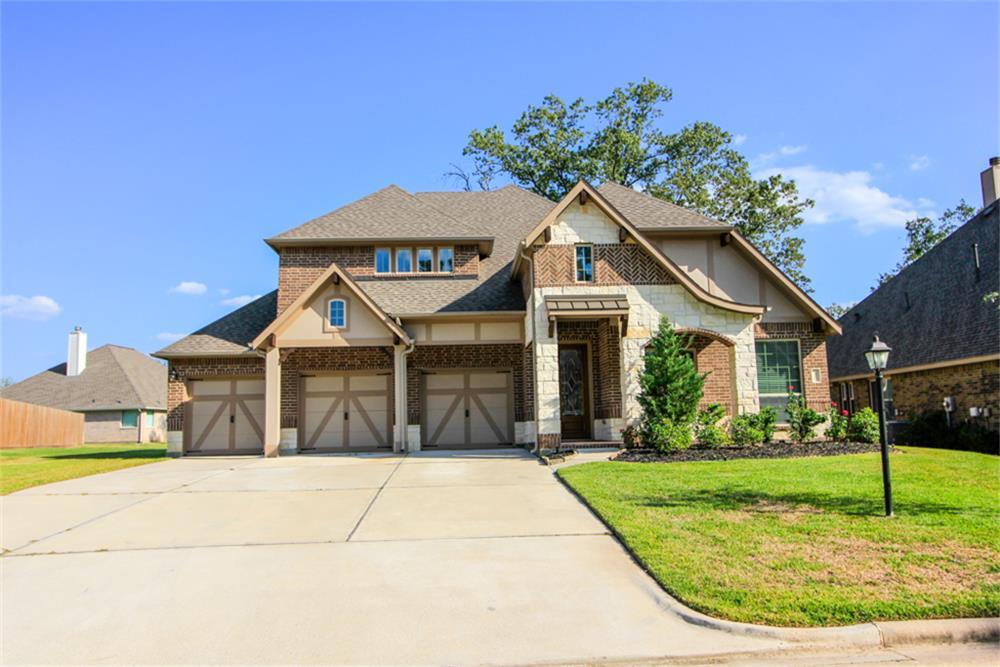 31 Camden Oaks Ln, Montgomery, TX