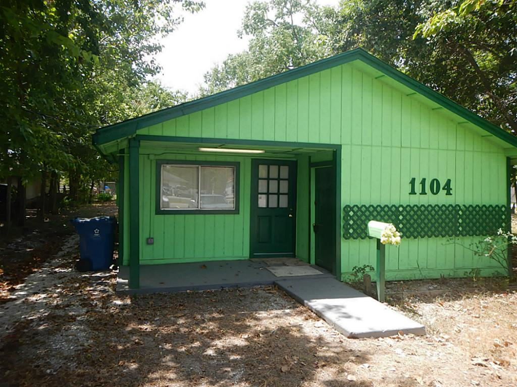 1104 Avenue G, South Houston, TX