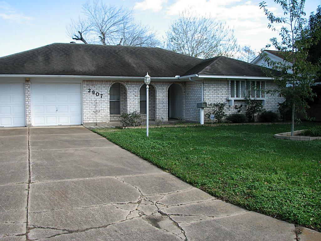 2907 Livingston, Pearland, TX