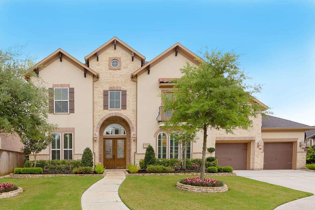 6215 Apple Bluff Ct, Sugar Land, TX