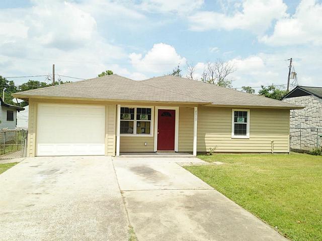 4913 Alvin St, Houston TX 77033