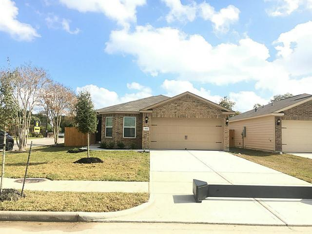 6526 Lost Pines Bnd, Houston TX 77049