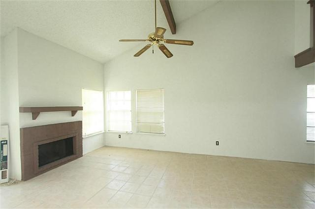 11963 S Bob White #APT 856, Houston, TX