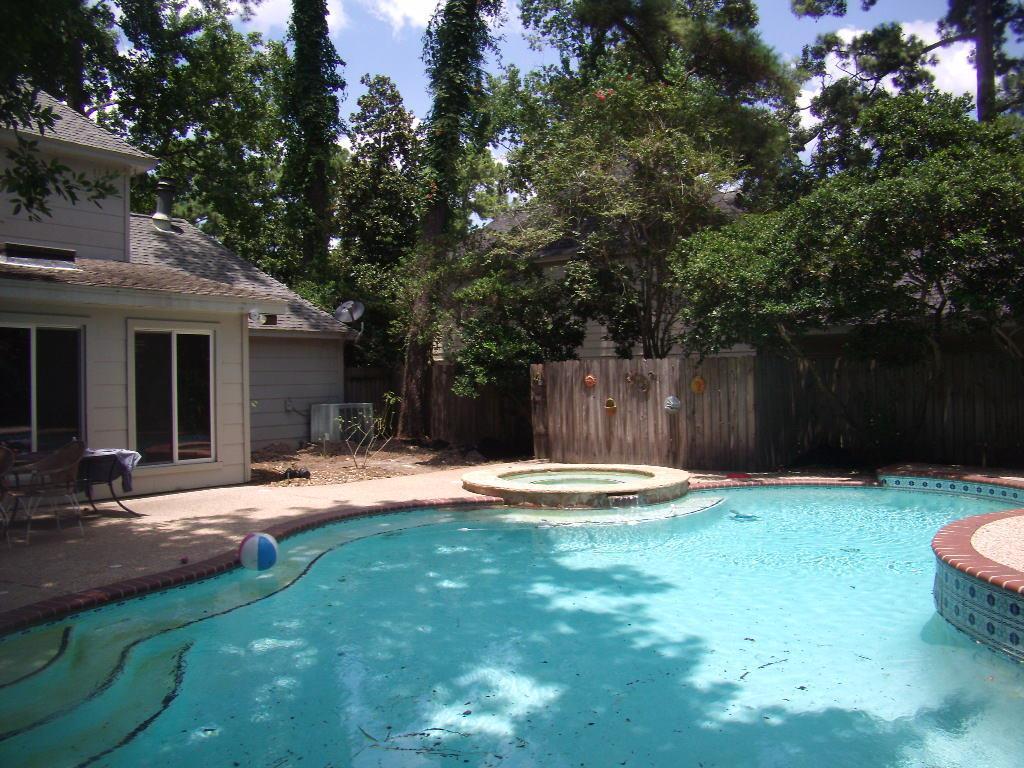 5511 Boyce Springs Dr, Houston, TX